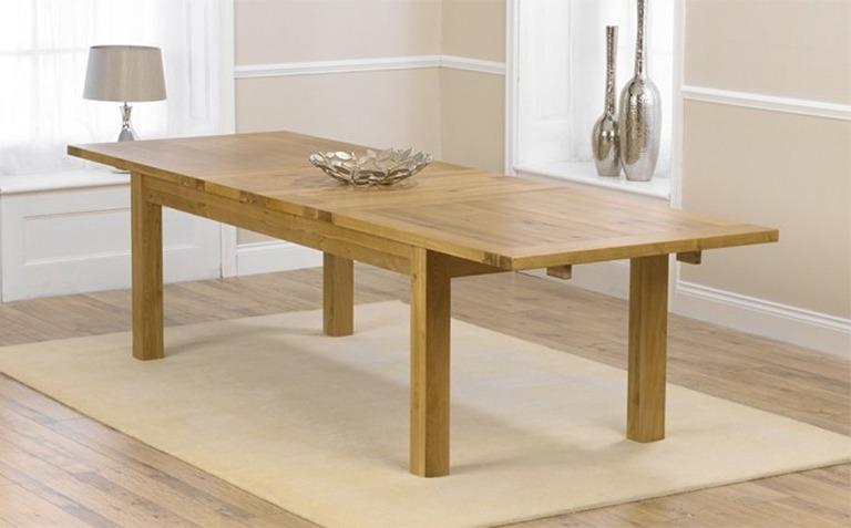 Extending Oak Dining Tables