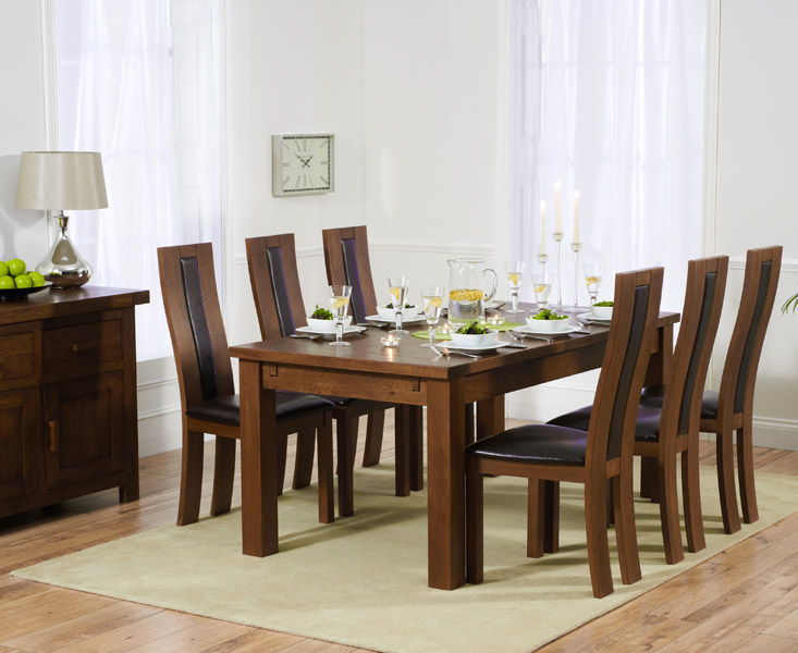 Rustique 180cm Dark Solid Oak Extending Dining Table with 8 Toronto Chairs