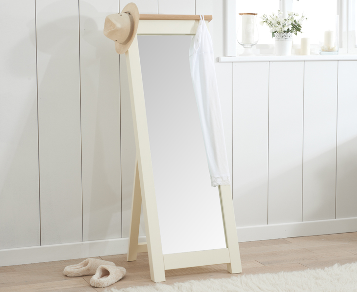 An image of Somerset Oak and Cream Cheval Mirror
