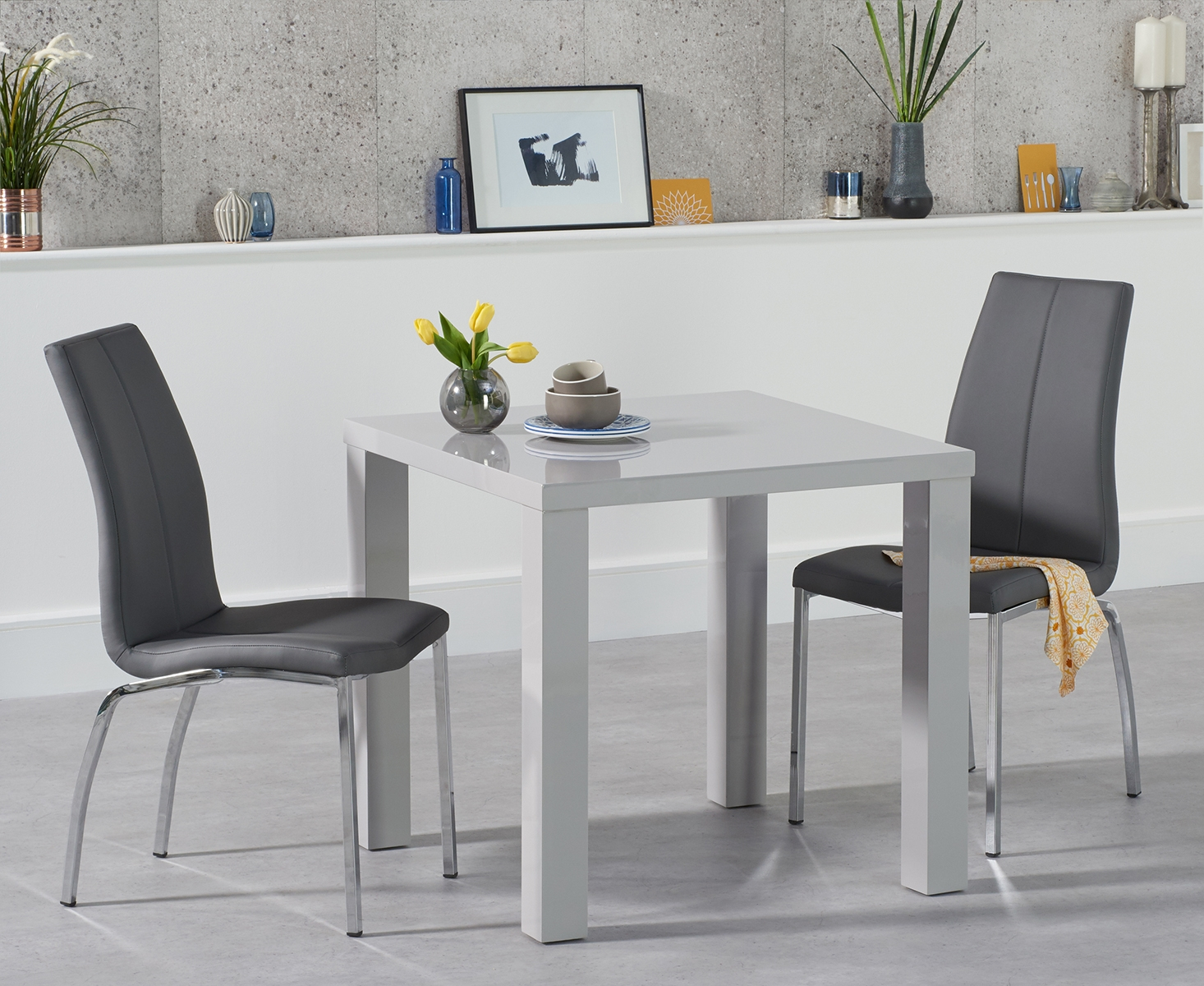 An image of Atlanta 80cm Light Grey High Gloss Dining Table with Cavello Chairs