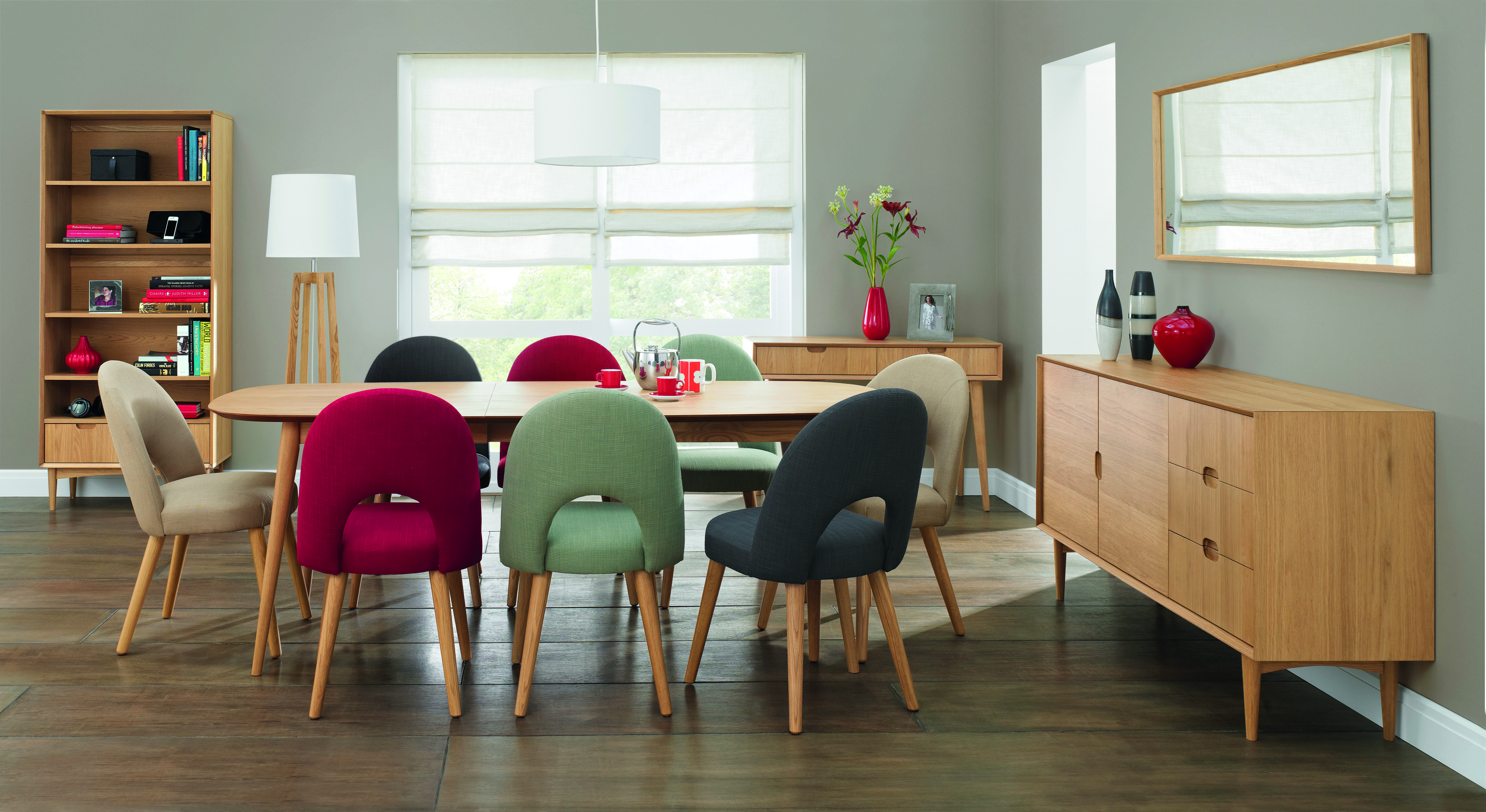 Oslo Oak Dining Table with 6 Upholstered Chairs