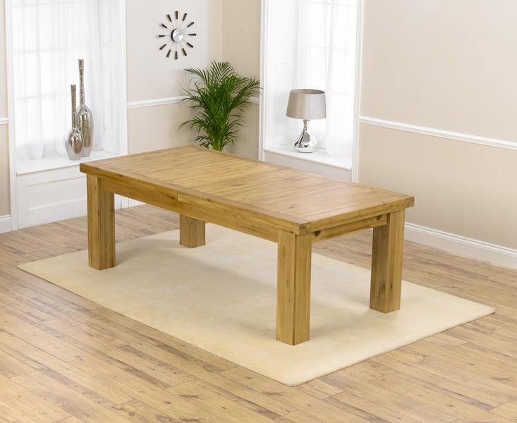 An image of Loire 230cm Oak Extending Dining Table